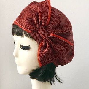 Oversized Red wool beret bow